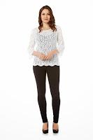 Bluza tricotata de culoare alba, cu paiete ( )