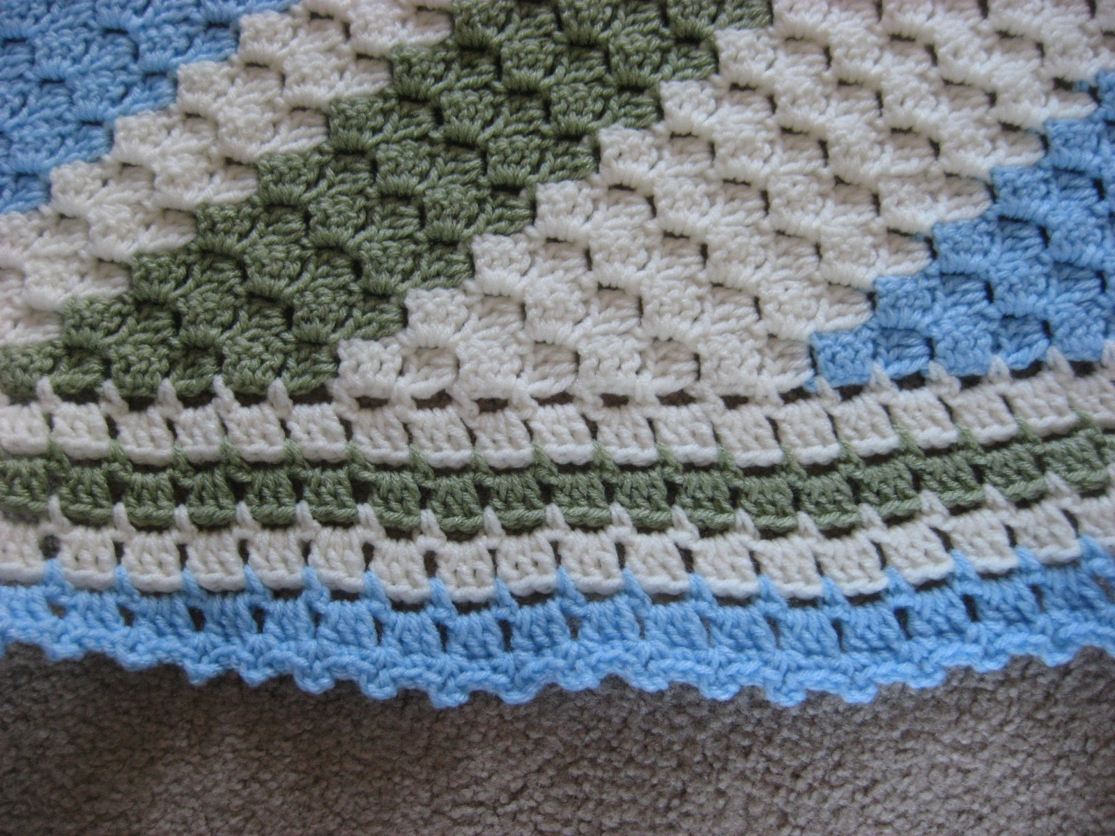 Hooked on Needles: Summertime Crochet ~ No complaints here!