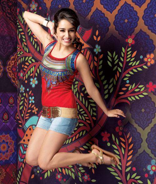 Shraddha Kapoor Stunning Hot And Sexy Latest Pics.Hot Bollywood Actress Shraddha Kapoor's All Time Sexy N Stunning Pics