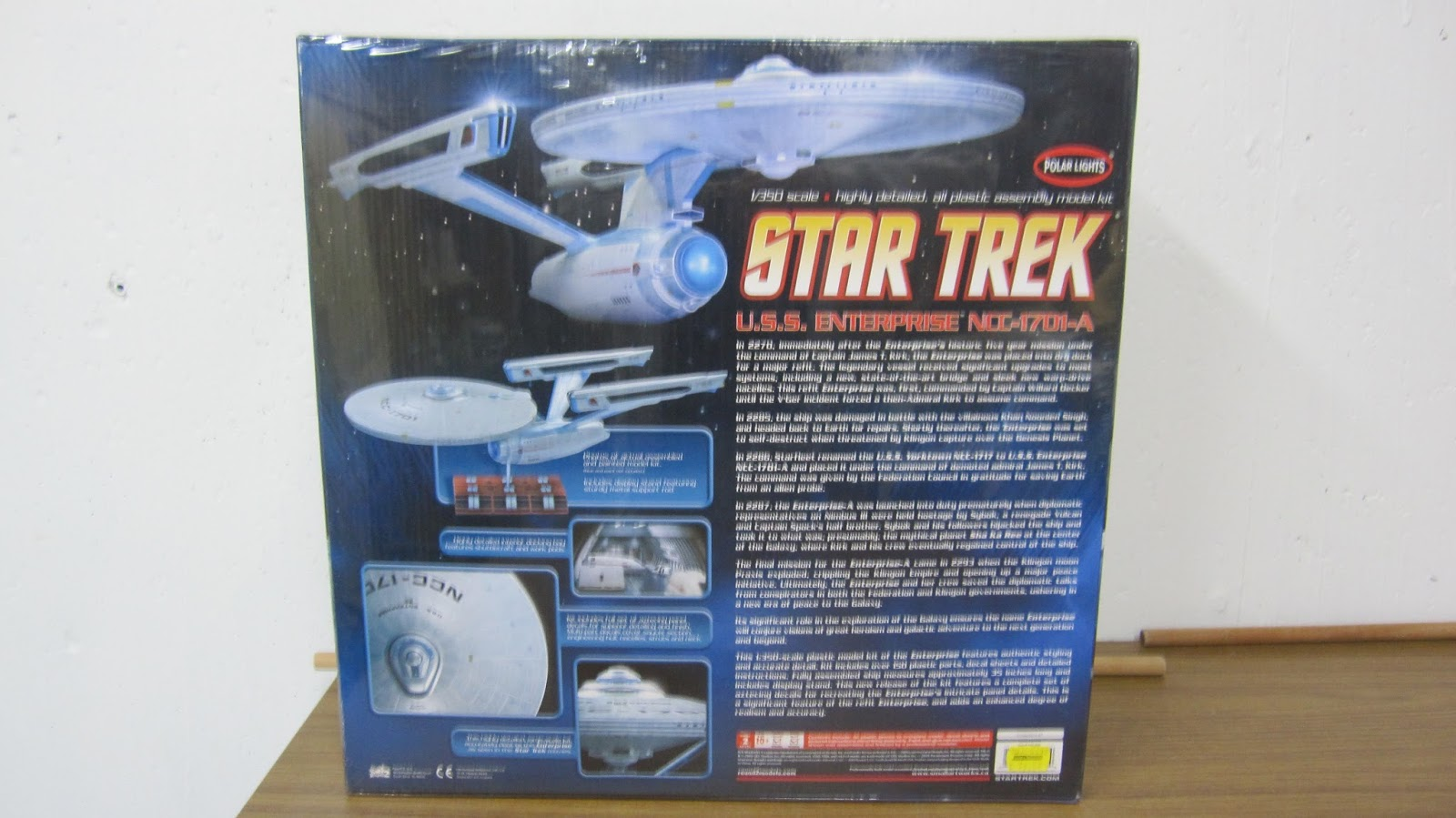 Star trek uss enterprise ncc refit 1 scale model - When You Open The Box To This Model It Is Packed To Me Size Wise This Is What The Original Amt Refit Looked Like As A Kid Except There Was Only 33