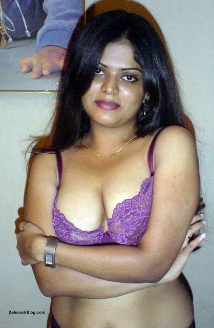 22 purple saree bhabhi sucking cock like pro 3