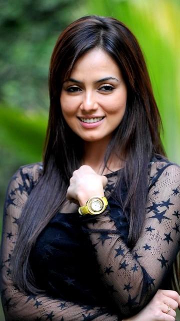 Hot Sana Khan latest photos