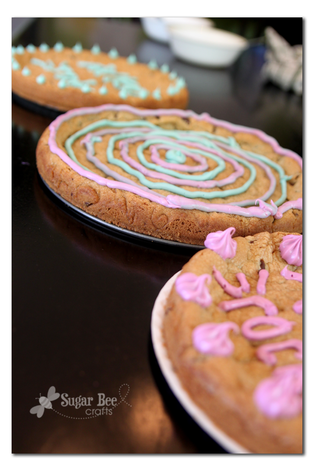 Cookie Pizza Revelation - Spring Form Pan! - Sugar Bee Crafts
