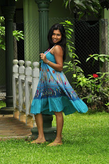Kavisha Ayeshani hemasiri short dress