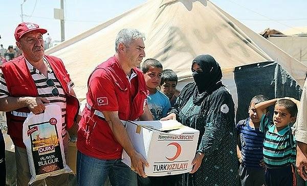 Турецкий Красный полумесяц доставил в Амирли гуманитарную помощь