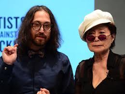 Yoko Ono y su hijo Sean Lennon