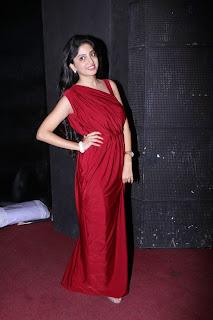 Poonam Kaur Stills At En Vazhi Thani Vazhi Movie Audio Launch 1.jpg