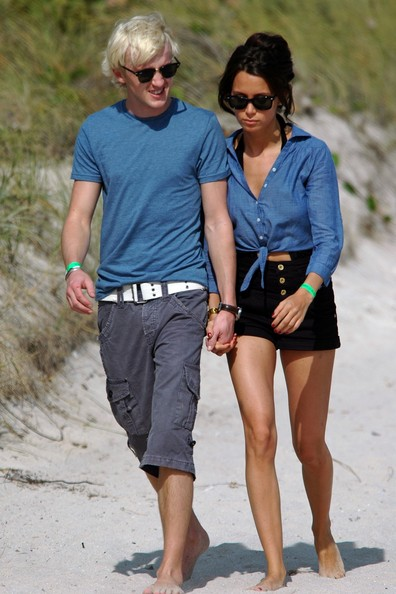 tom felton actor with girlfriend images  pictures