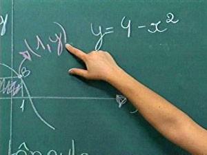 Apenas 10% dos alunos aprendem o ideal em matemática no ensino médio