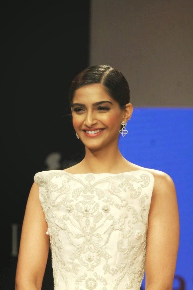 Actress Sonam Kapoor at IIJW-2014