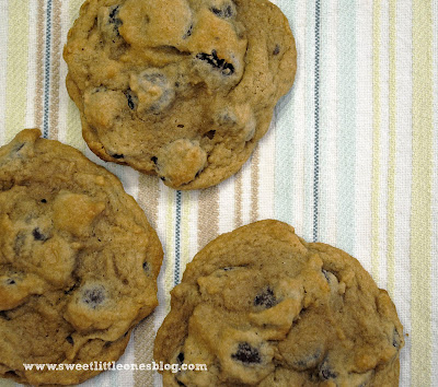 http://www.sweetlittleonesblog.com/2015/11/super-soft-dark-chocolate-chip-cookies-recipe.html