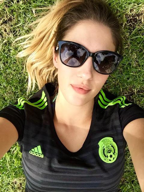 Ana Lucía Blaksley mexicana. viva mexico