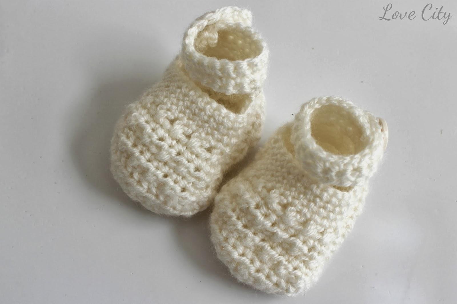 crochet-mary-jane-baby-bootie