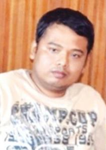 ateu Alexander Aan condenado à prisão