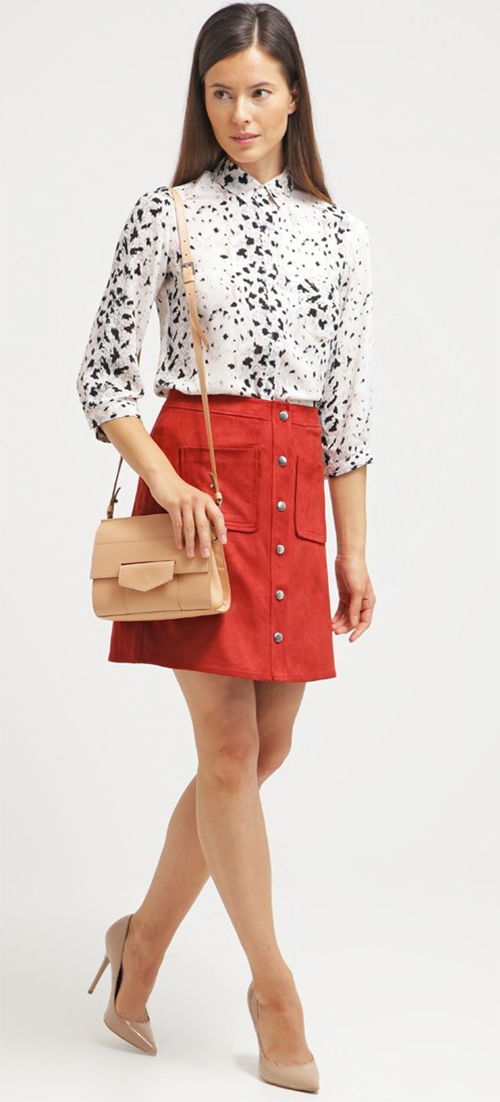 Jupe courte simili cuir rouge Dorothy Perkins