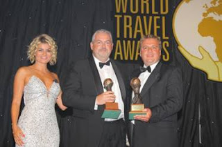 Francis Riley, vicepresidente y General Manager International, recibió los premios otorgados a Norwegian Cruise Line