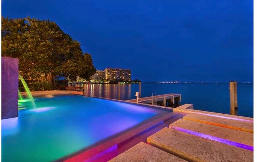 PHOTOS -  the home of LeBron James in Miami