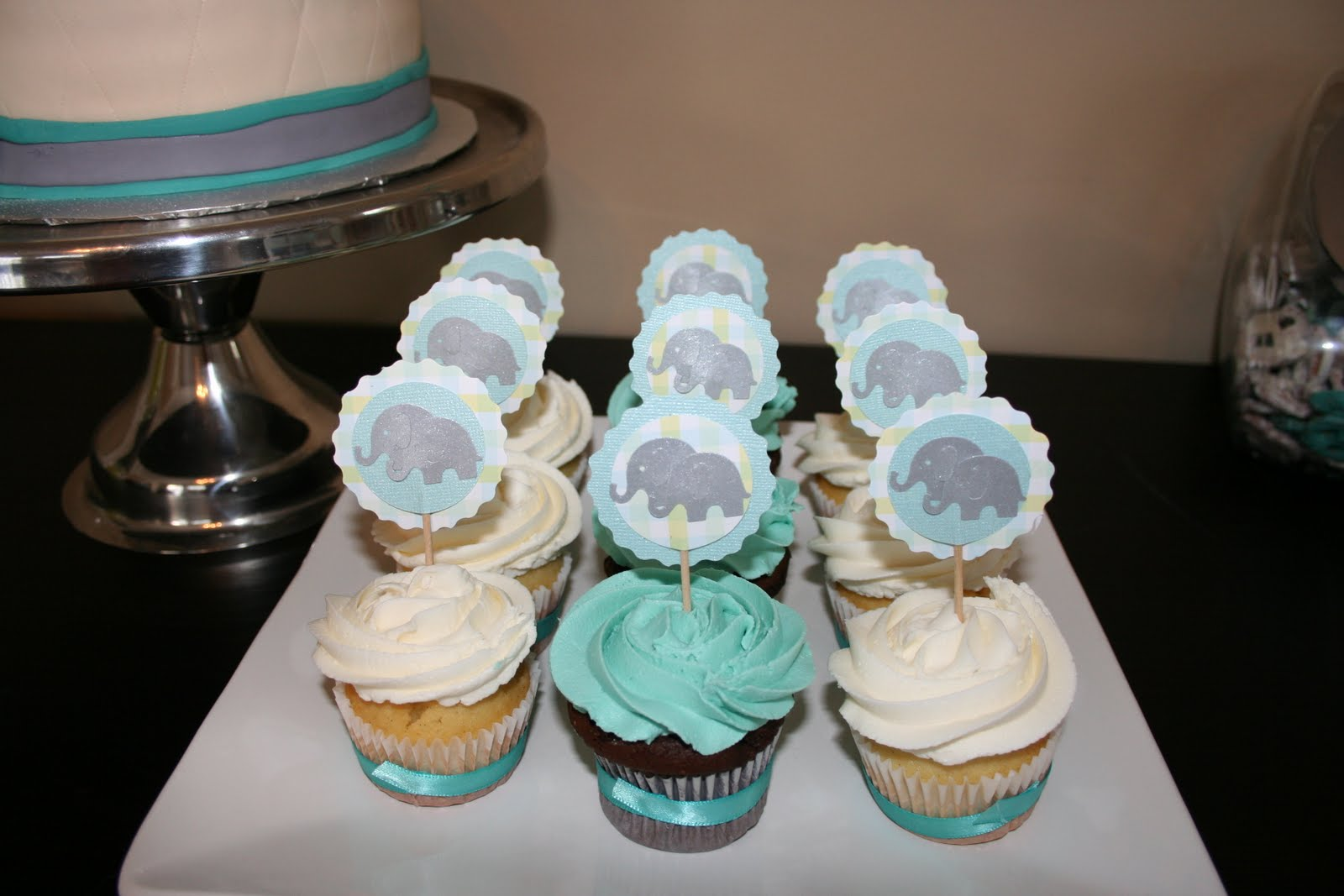 elephant cake pops you re going to creating these at home learn