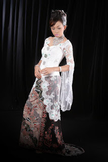 Posted in: Model Kebaya Tahun 2013