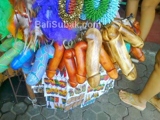Unique souvenirs in Sukawati Art Market, Gianyar Bali