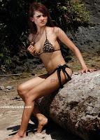 Foto Angelia Wiberia di Majalah Popular