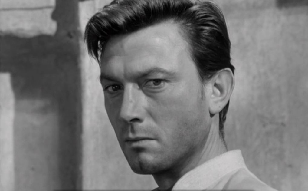 laurence harvey biography