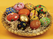 . compartida por muchos países y religiones es la del Huevo de Pascua. easter eggs basket