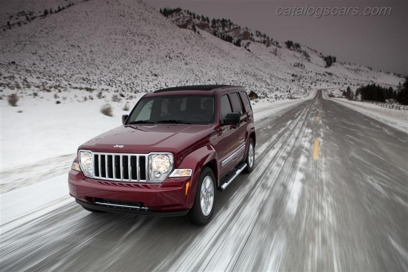 صور سيارة جيب ليبرتى 2012 - اجمل خلفيات صور عربية جيب ليبرتى 2012 - Jeep Liberty Photos Jeep-Liberty-2012-01.jpg