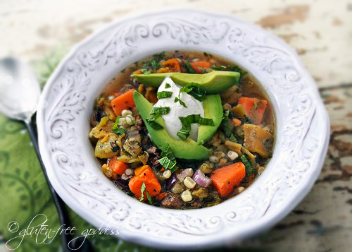 Turkey chili with roasted green chiles and lime