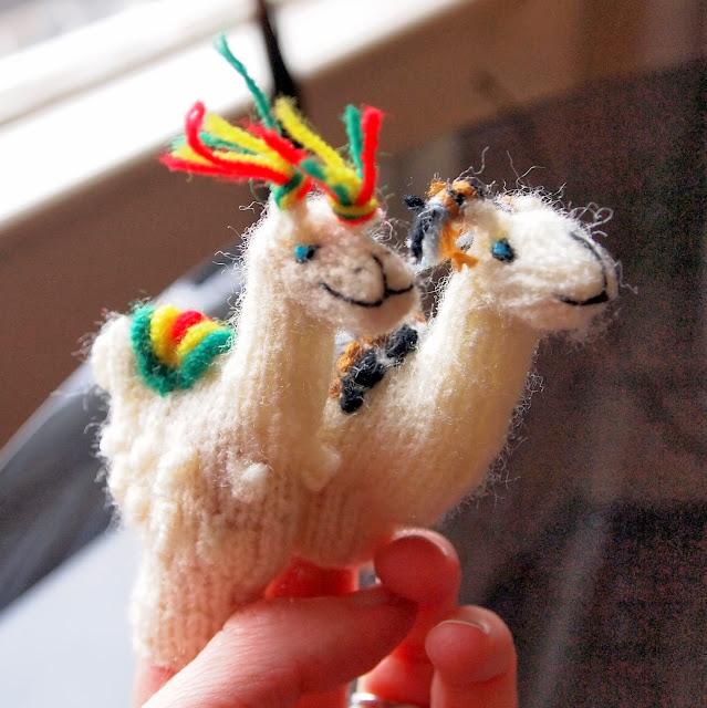 Finger puppets, Peru
