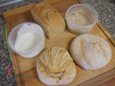 Pan y masa madre que yo elaboré.
