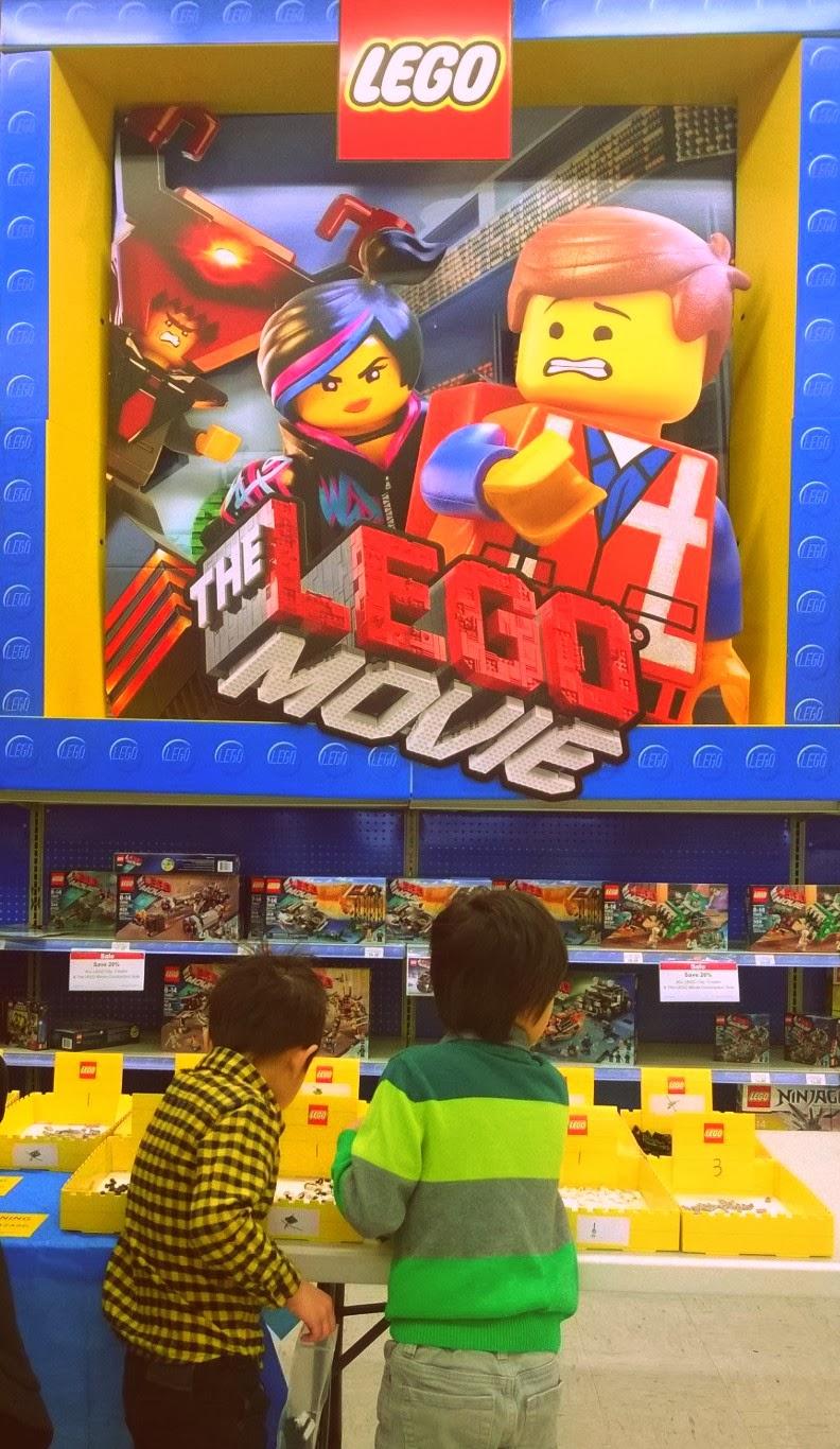 Toys R Us Lego Movie building event