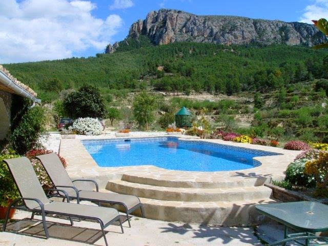 Pool view of the Olta Mountain