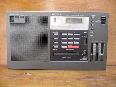 radio+vintage+Radioamatorism+Radiotehnică+Sony+ICF+2001
