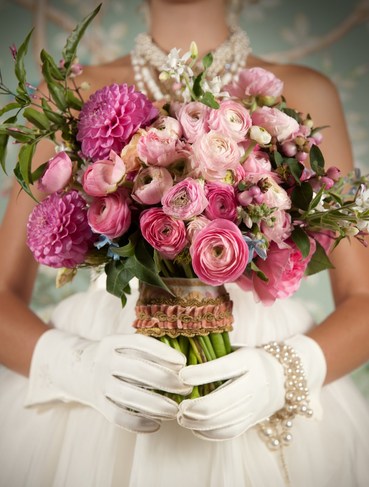 bridal bouquets with ranunculus