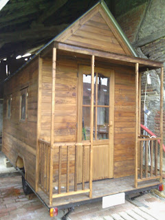 Electric heating tiny house