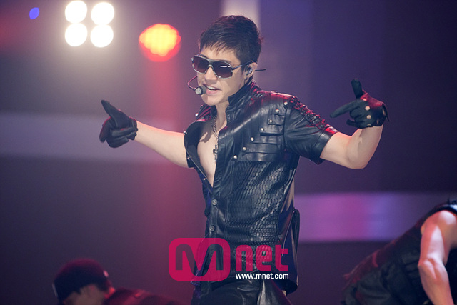 Mnet-HJL-Official-22.jpg (640&#215;427)
