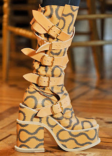sepatu boot wanita 2013