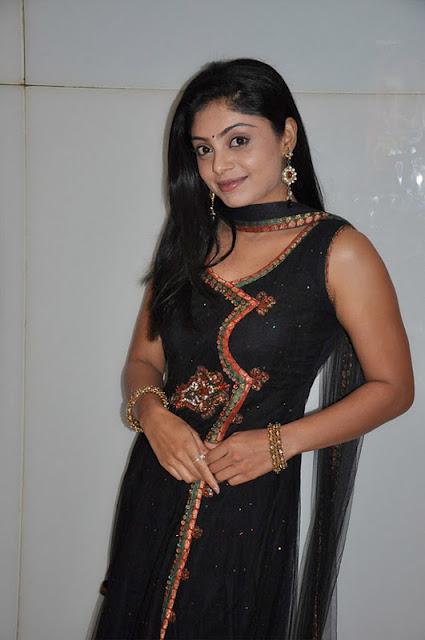 shikha in padam paarthu kathai sol movie actress pics