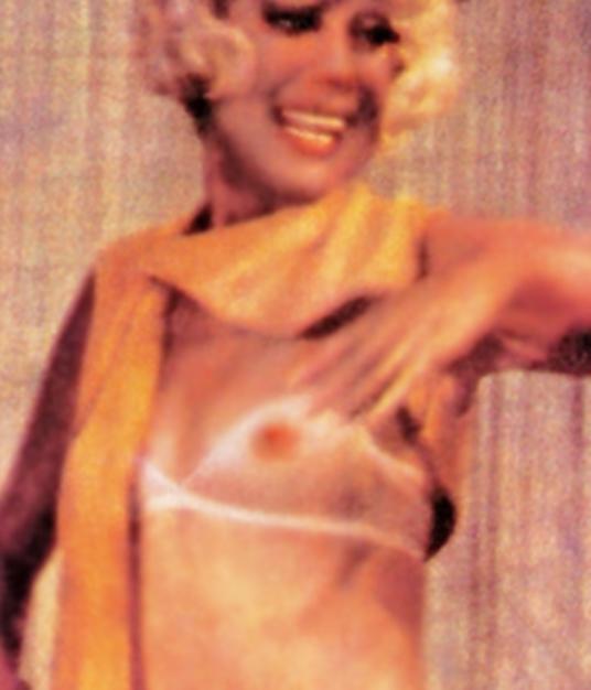Free Nikki Cox Nude