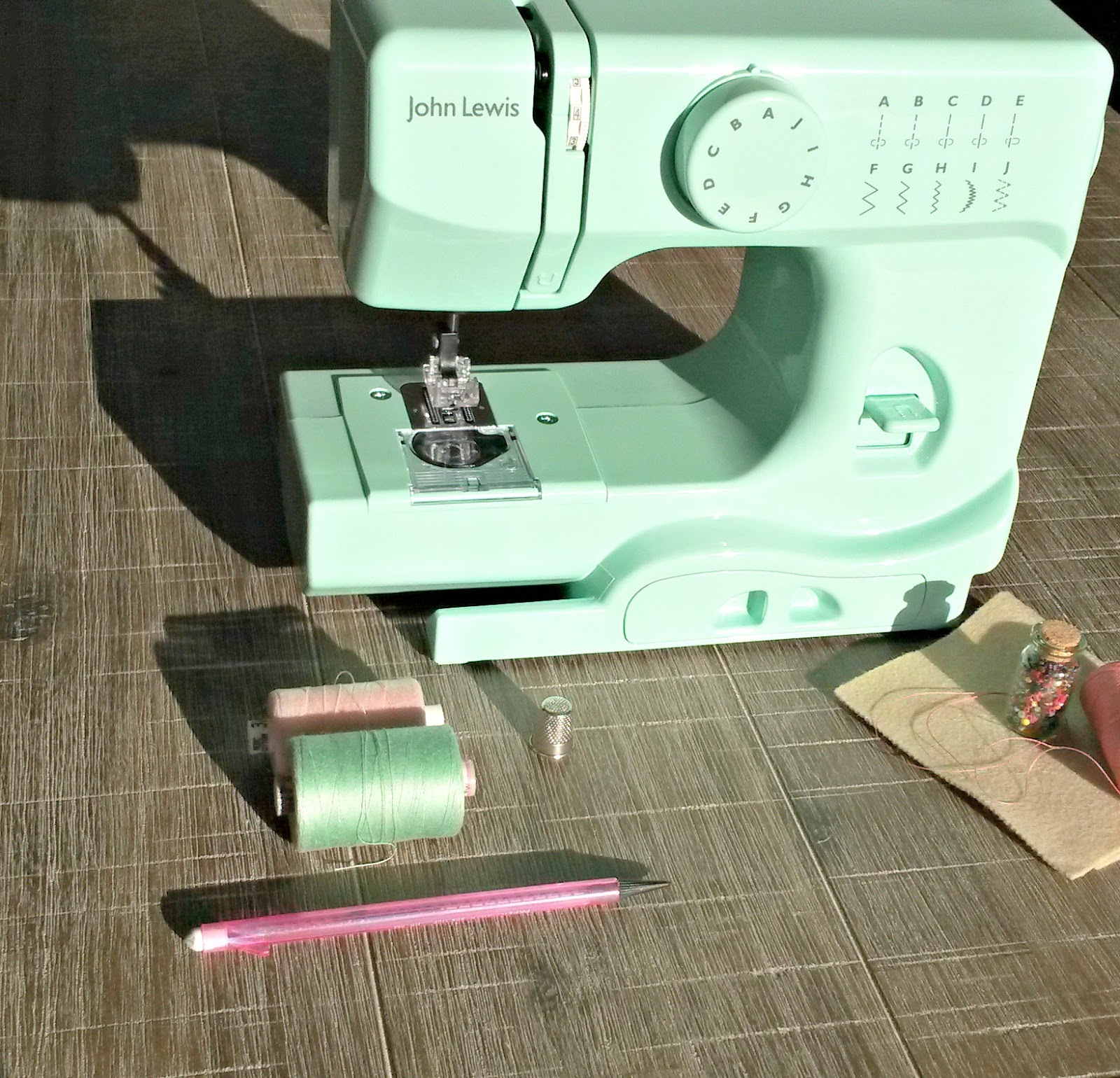 Singer 257 Sewing Machine Parts 97
