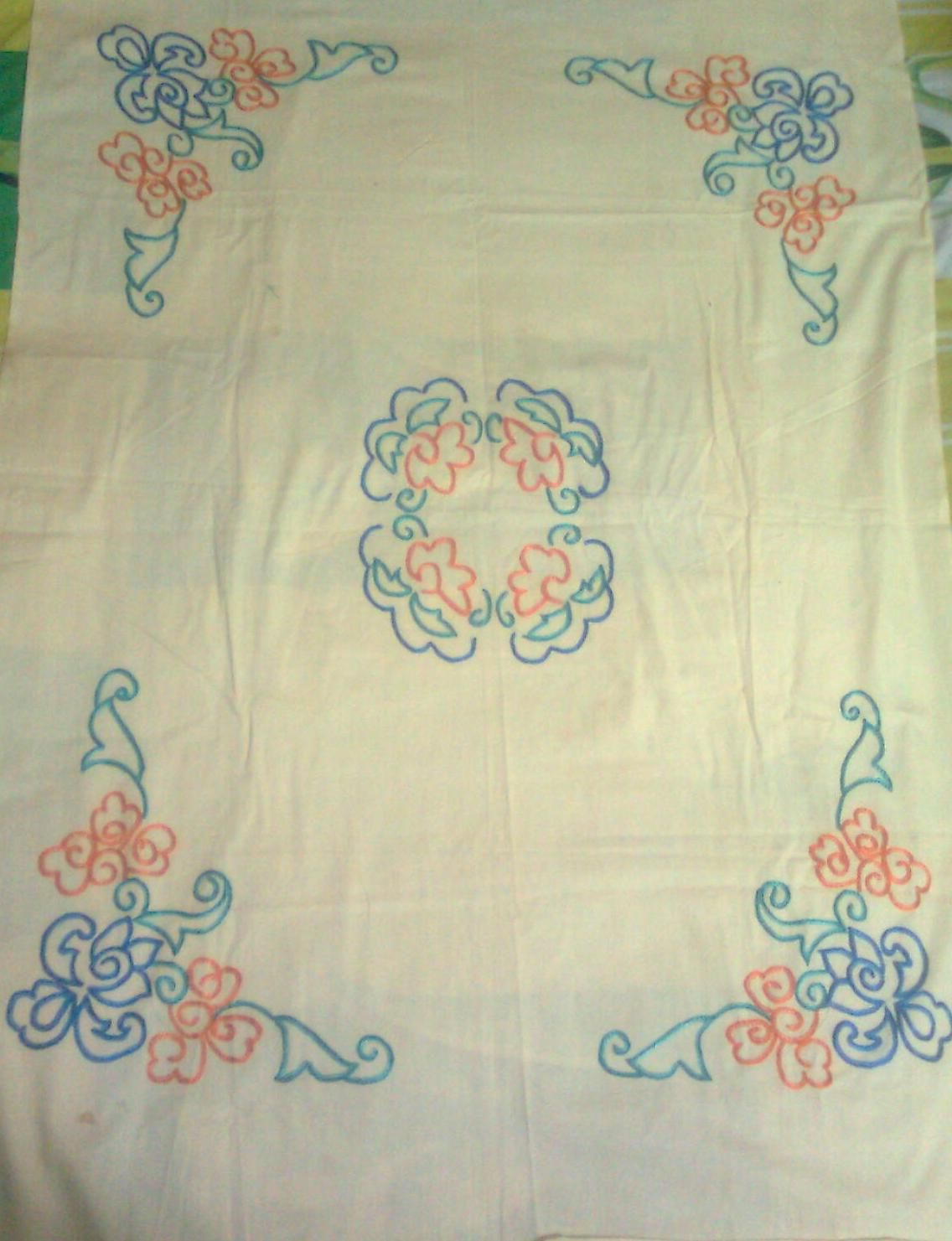 Outline embroidery designs for tablecloth - This Hand Embroidered Table Cloth Pattern Done With Only Chain Stitch You Can Observe There Are Two Lines Of Chain Stitch Is Used To Make The Outline