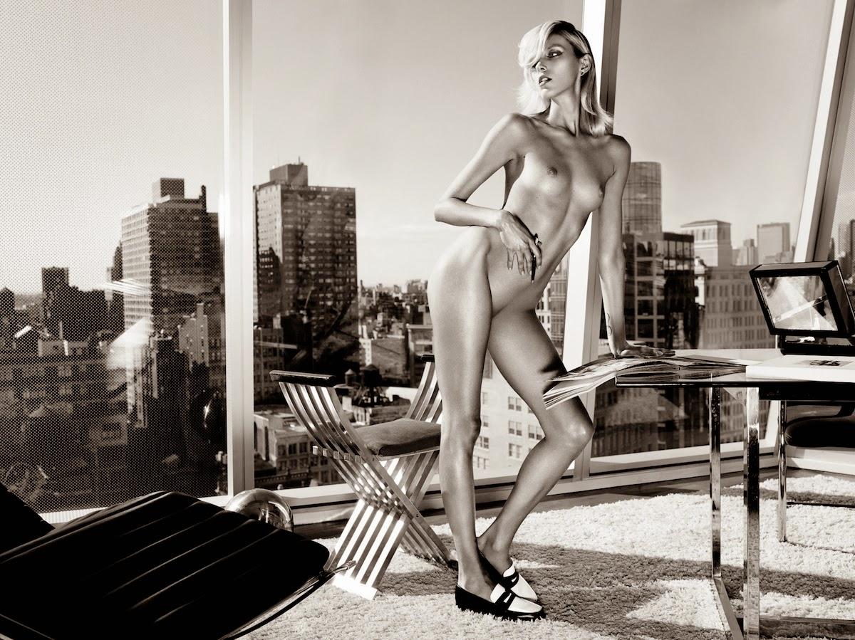 Anja Rubik naked