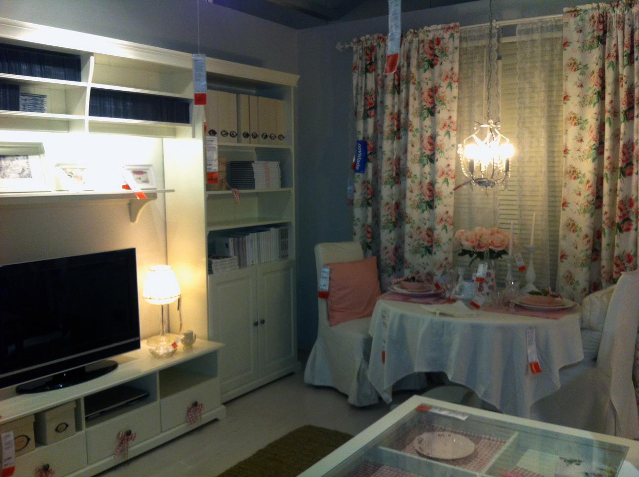 Bricolage e Decoração Ikea Sala Pequena em Branco com  ~ Tapetes Quarto Ikea