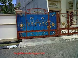 pintu besi tempa