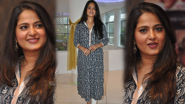 Anushka Latest Photos At Rudhramadevi Movie Release Date Press Meet