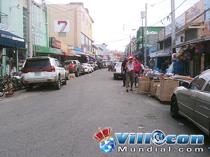 La expansi n comercial de villa consuelo - La illa centro comercial ...