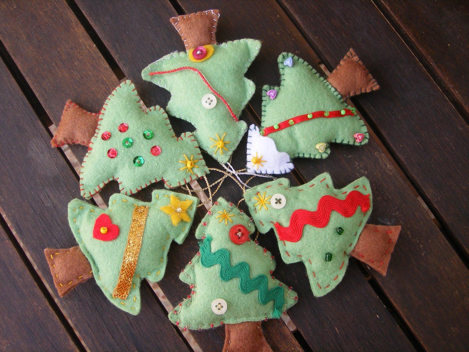 Mati y sus cosas adornos de fieltro para el arbol de navidad - Adornos navidenos para el arbol ...
