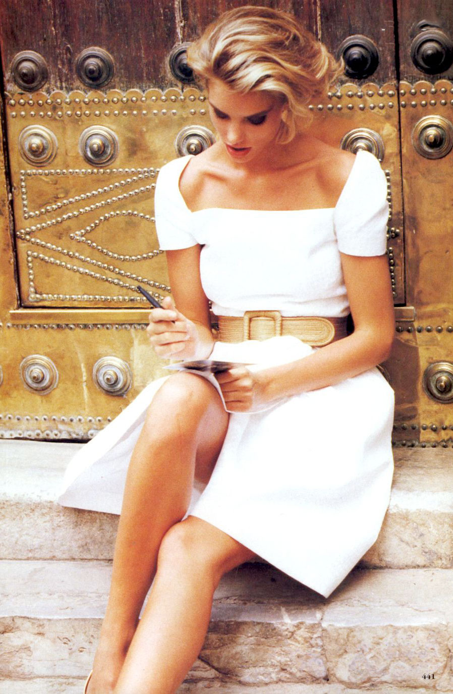 Style to go | Vogue US November 1989 (photography: Ellen von Unwerth, styling: Jenny Capitain)