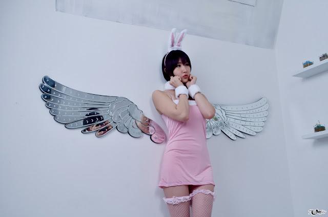 Yeon Da Bin - Lovely Pink Angle